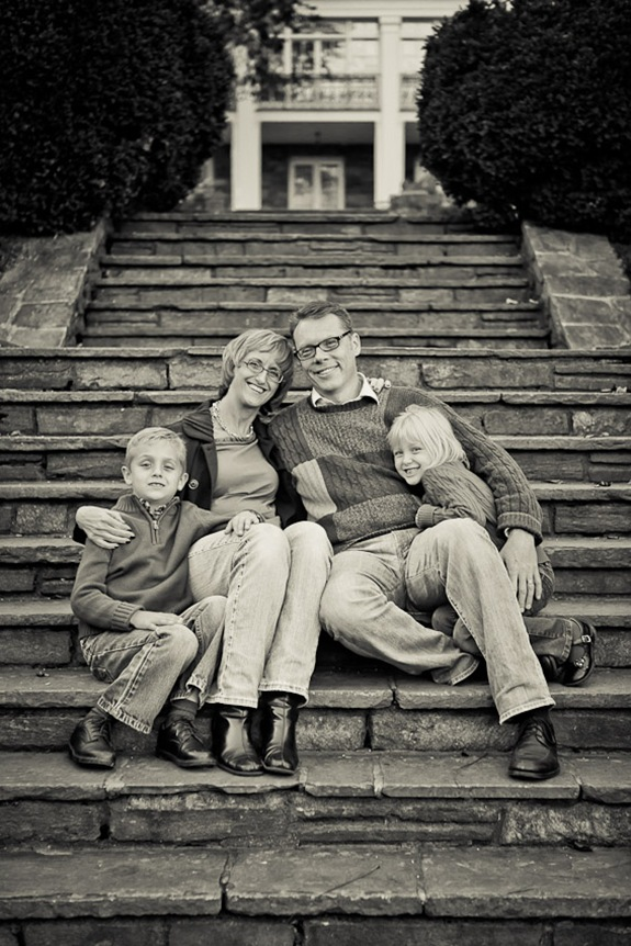 Family on stairs in front of Glenview Mansion in Rockville, MD