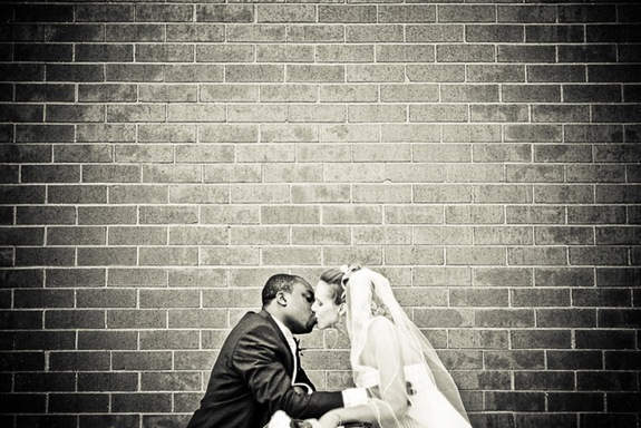 05-21-11_three-questions-for-wedding-photographer_pic