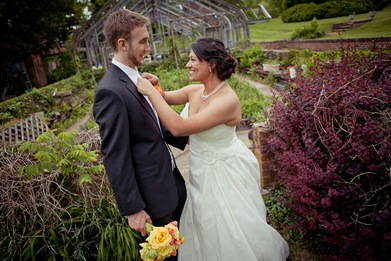 bride and groom at Mt. Airy Mansion in Upper Marlboro Maryland