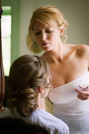 bridesmaids getting ready at Mt. Airy Mansion in Upper Marlboro Maryland