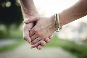 couple-holding-hands-federal-hill-park