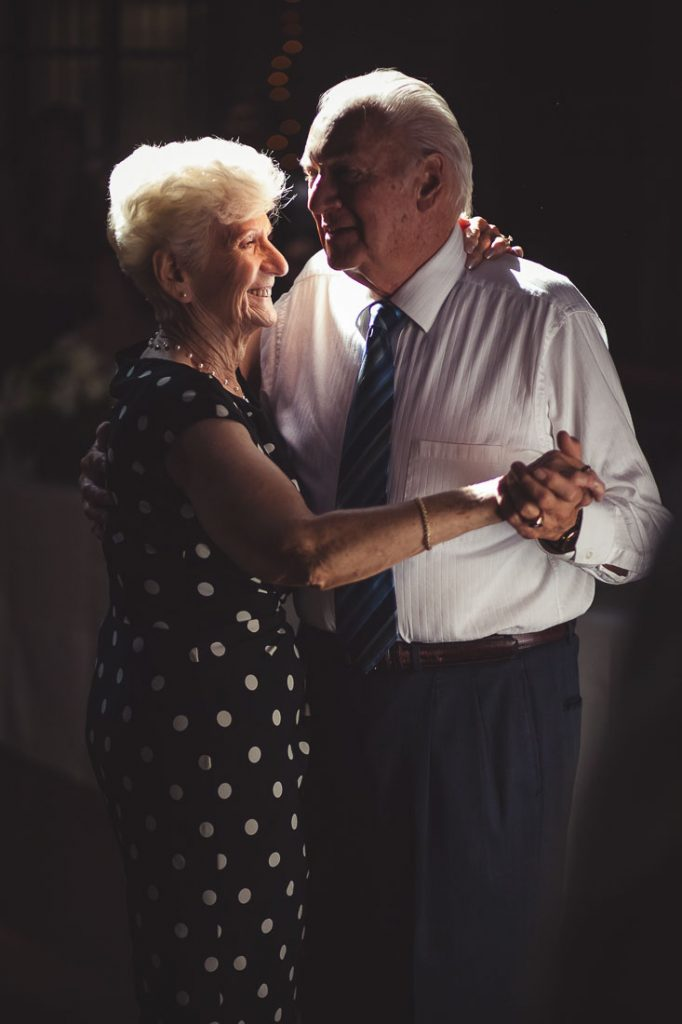 elderly-couple-dancing-at-wedding