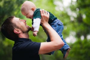dad-holding-baby-petruzzo-photography