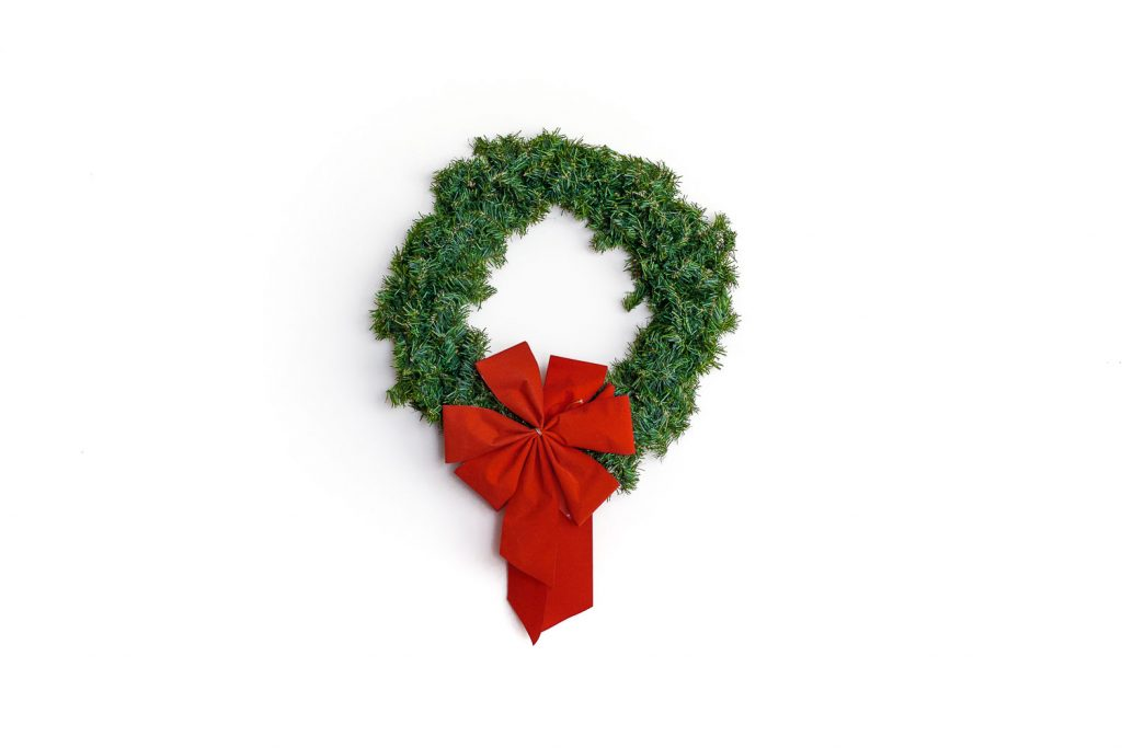 white-creating-communities-wreath