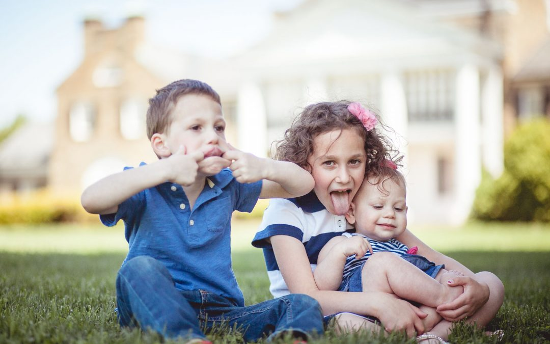 Family Portraits at the Glenview Mansion