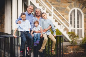 beautiful-family-revisits-the-glenview-mansion-petruzzo-photography-23