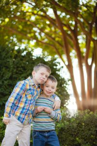 petruzzo-photography-family-at-windmill-hill-park-in-old-town-alexandria-19
