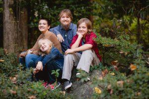petruzzo-photography-big-family-in-bethesda-maryland-mccrillis-gardens-09