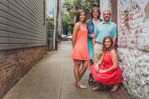 Family Portraits Meets Senior Portraits with Greg 01