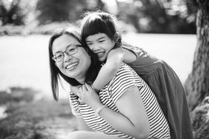 Delightful Family Portraits at the Glenview Mansion in Rockville 03