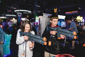 A Bar Mitzvah at Dave and Busters Petruzzo Photography Felipe Sanchez 32