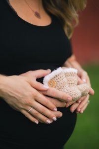 A Maternity Session from Greg Ferko at Kinder Farm Park 10