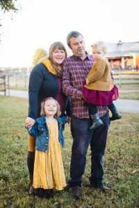 A Colorful Two-Part Autumn Family Session from Felipe 02