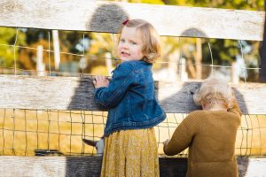 A Colorful Two-Part Autumn Family Session from Felipe 15